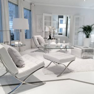 Pure white in decor