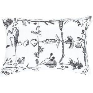Saana ja Olli Myrskyn jälkeen cushion 40x60 cm