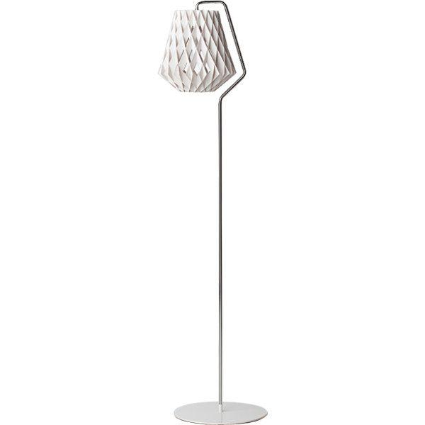 Showroom Finland Pilke 28 floor lamp