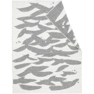 Teemu Järvi Illustrations Whitewater wool blanket